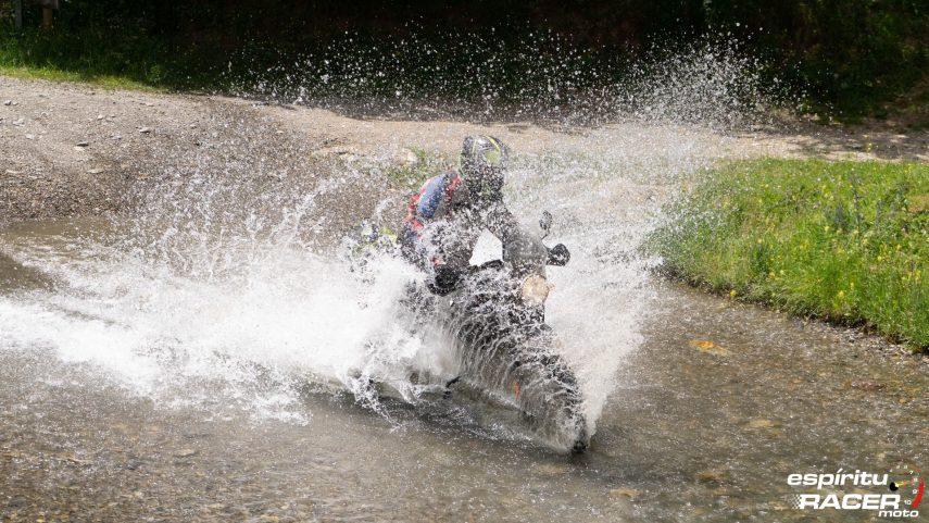 prueba Mitas E 09 Dakar 02