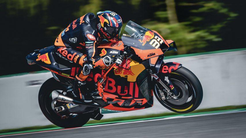 Binder consigue su primera victoria en MotoGP en el Gran Premio de la República Checa