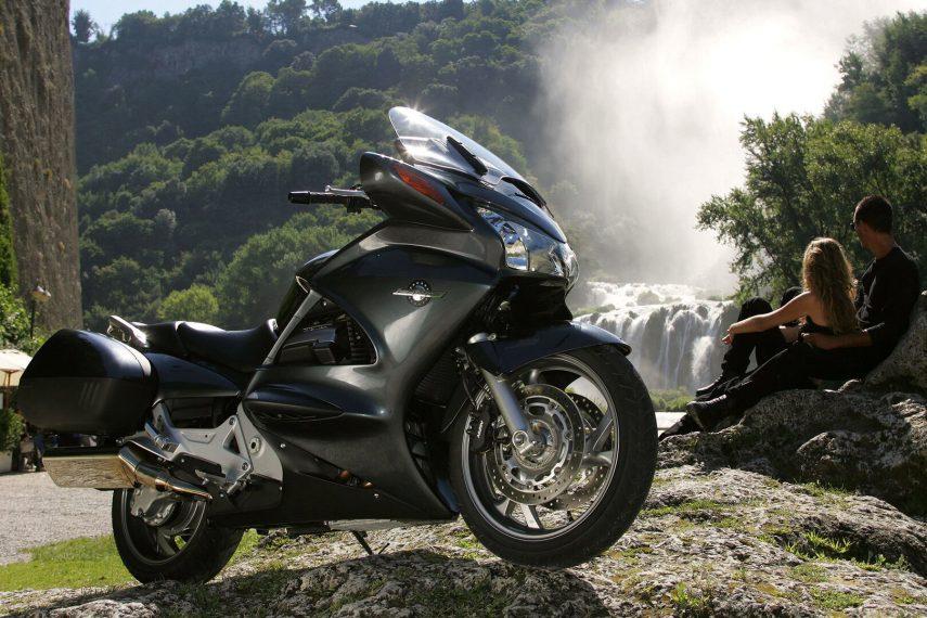 Moto del día: Honda ST 1300 Pan-European