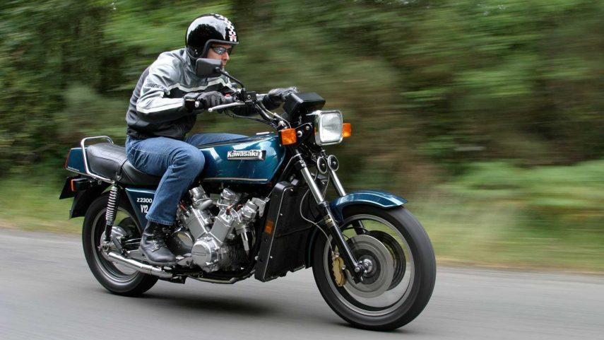 Moto del día: Kawasaki Z 2300 V12