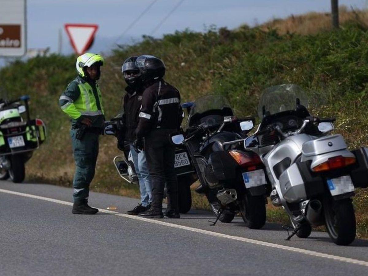 10 infracciones peligrosas que cometemos habitualmente en moto