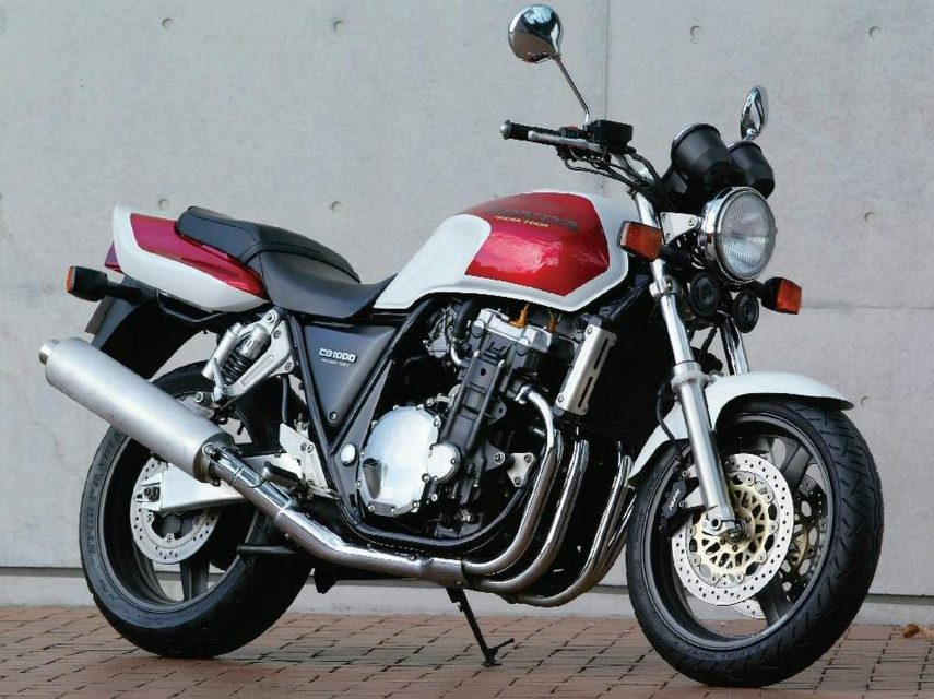 Moto del día: Honda CB 1000 Big One Super Four (SC30)