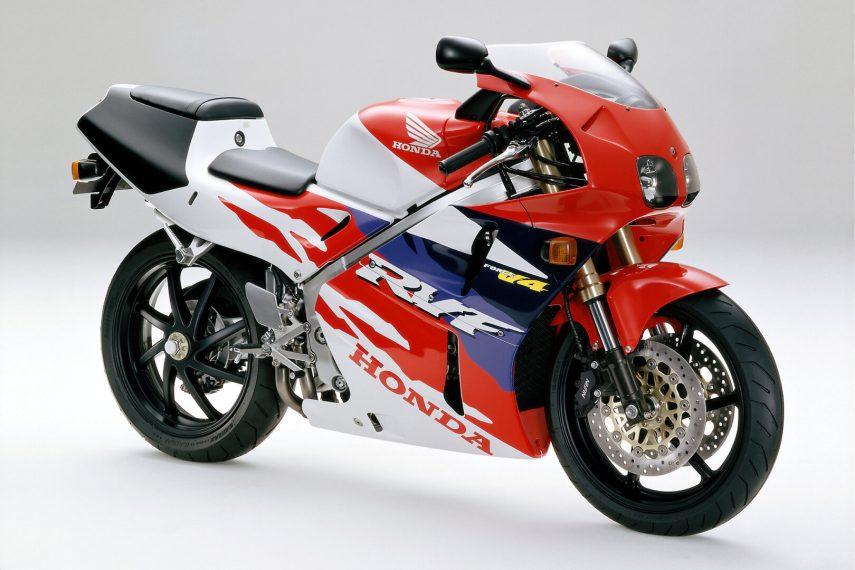 Moto del día: Honda RVF 400 (NC35)