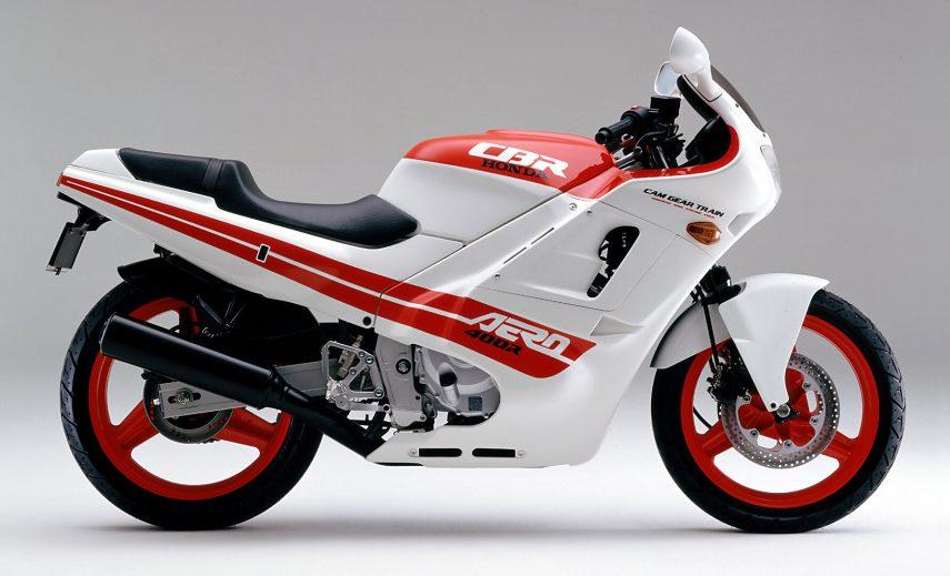 Honda CBR 400 R Aero 3
