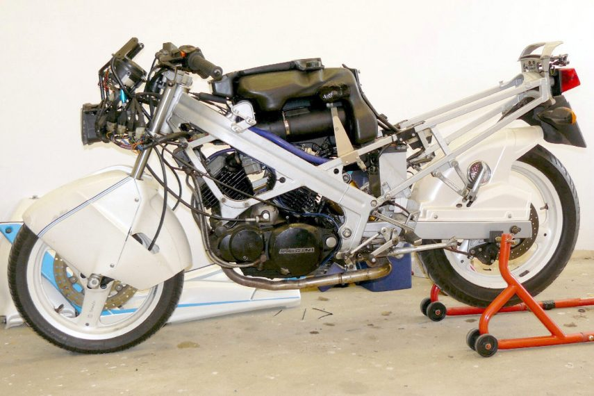Moto Morini Dart 350 3