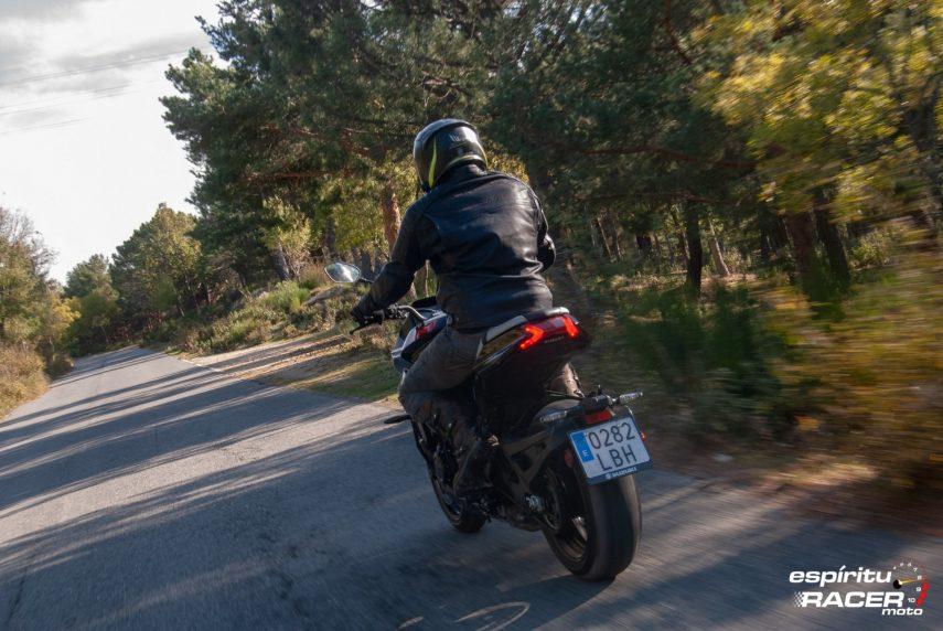 Suzuki GSX S1000 Katana 051