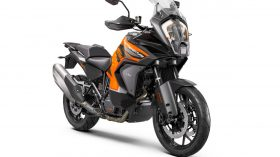 KTM 1290 SUPER ADVENTURE S Studio front right