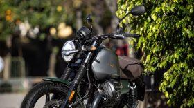 Moto Guzzi V7 100 aniversario 15