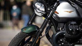 Moto Guzzi V7 100 aniversario 17