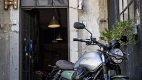 Moto Guzzi V7 100 aniversario 19