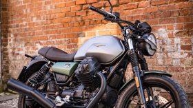 Moto Guzzi V7 100 aniversario 21