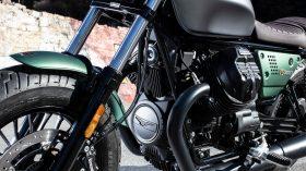 Moto Guzzi V9 100 aniversario 02