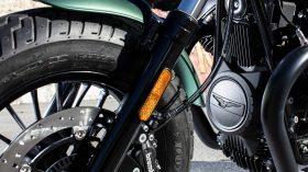 Moto Guzzi V9 100 aniversario 03