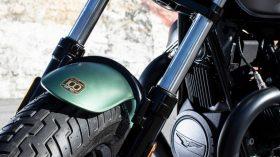 Moto Guzzi V9 100 aniversario 04