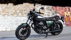 Moto Guzzi V9 100 aniversario 08