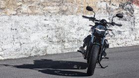 Moto Guzzi V9 100 aniversario 10
