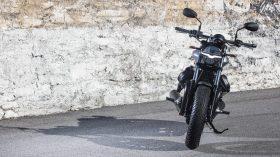 Moto Guzzi V9 100 aniversario 11