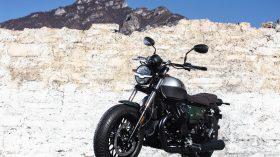 Moto Guzzi V9 100 aniversario 15