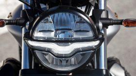 Moto Guzzi V9 100 aniversario 16
