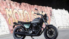Moto Guzzi V9 100 aniversario 19