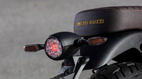 Moto Guzzi V9 100 aniversario 21