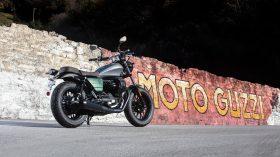 Moto Guzzi V9 100 aniversario 25
