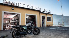 Moto Guzzi V9 100 aniversario 29