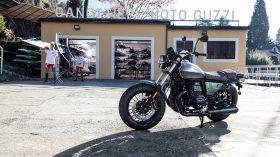 Moto Guzzi V9 100 aniversario 31