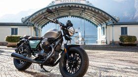 Moto Guzzi V9 100 aniversario 35