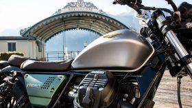 Moto Guzzi V9 100 aniversario 36