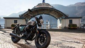 Moto Guzzi V9 100 aniversario 39