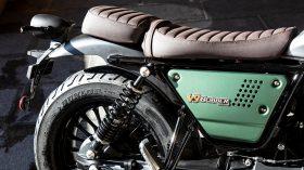 Moto Guzzi V9 100 aniversario 41