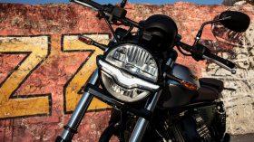 Moto Guzzi V9 100 aniversario 49