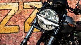 Moto Guzzi V9 100 aniversario 50