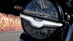 Moto Guzzi V9 100 aniversario 53