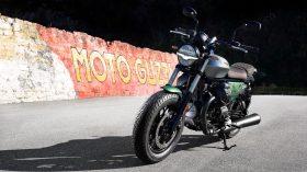 Moto Guzzi V9 100 aniversario 58