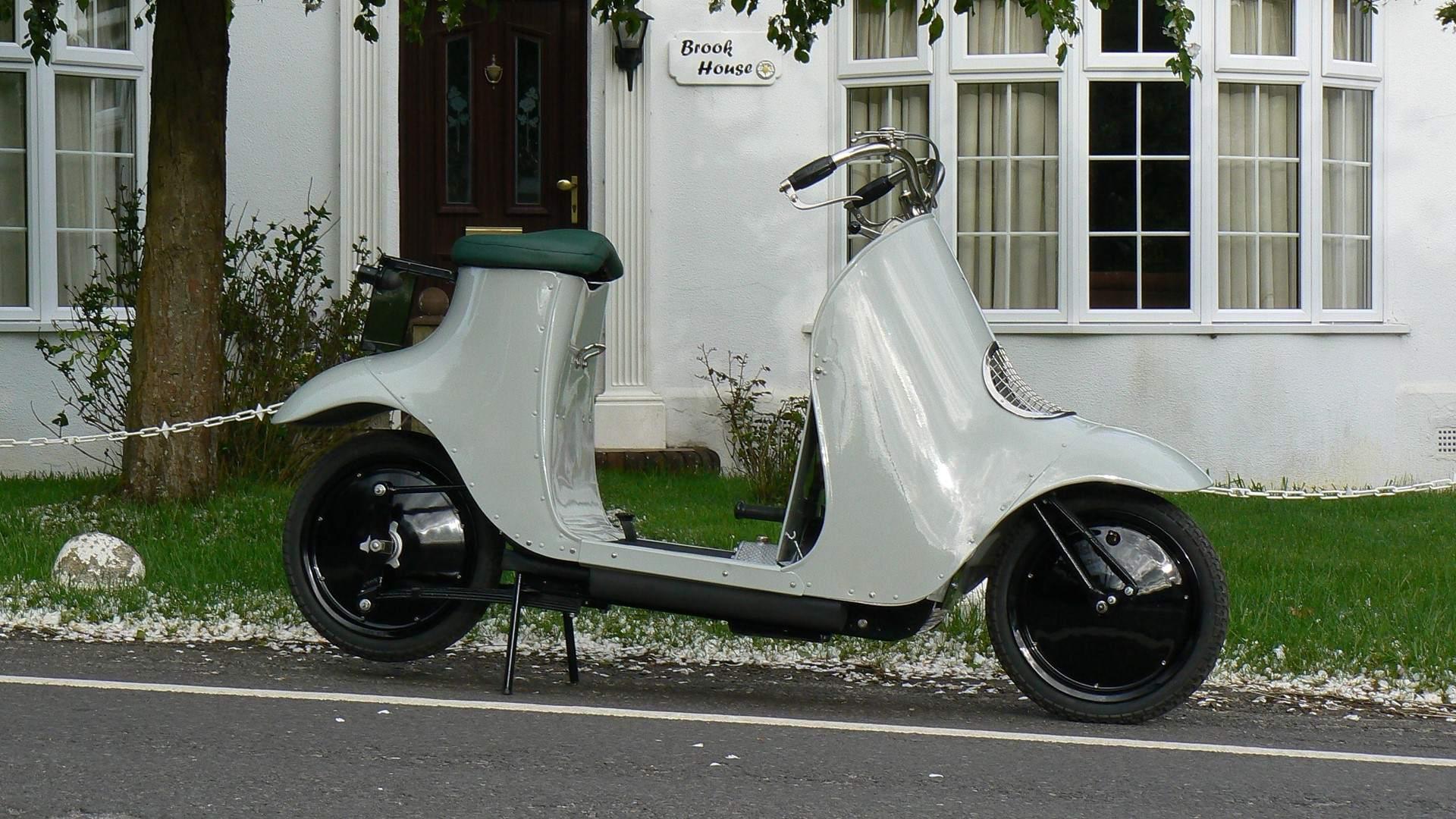 Moto del día: scooter Unibus