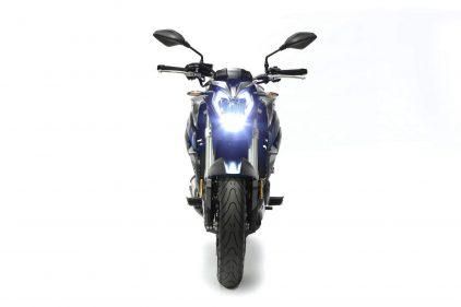 VOGE 500 R 02