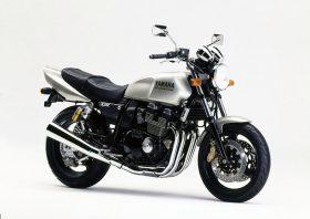 Yamaha XJR 400 R 1995 3