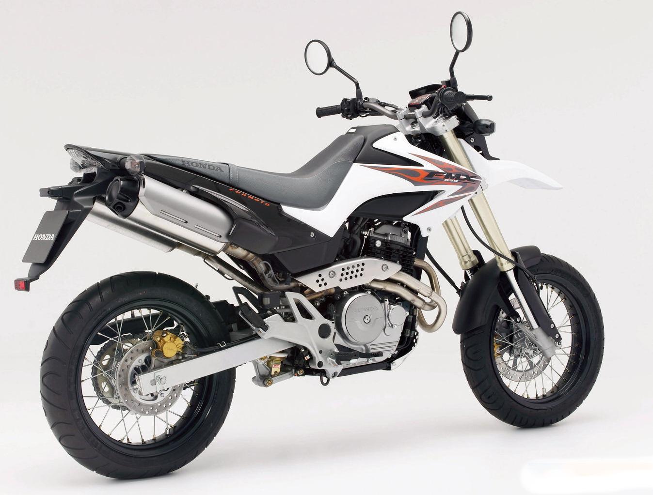 Honda FMX 650 5