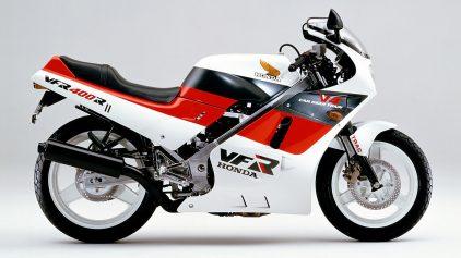 Honda VFR 400 R NC21 2