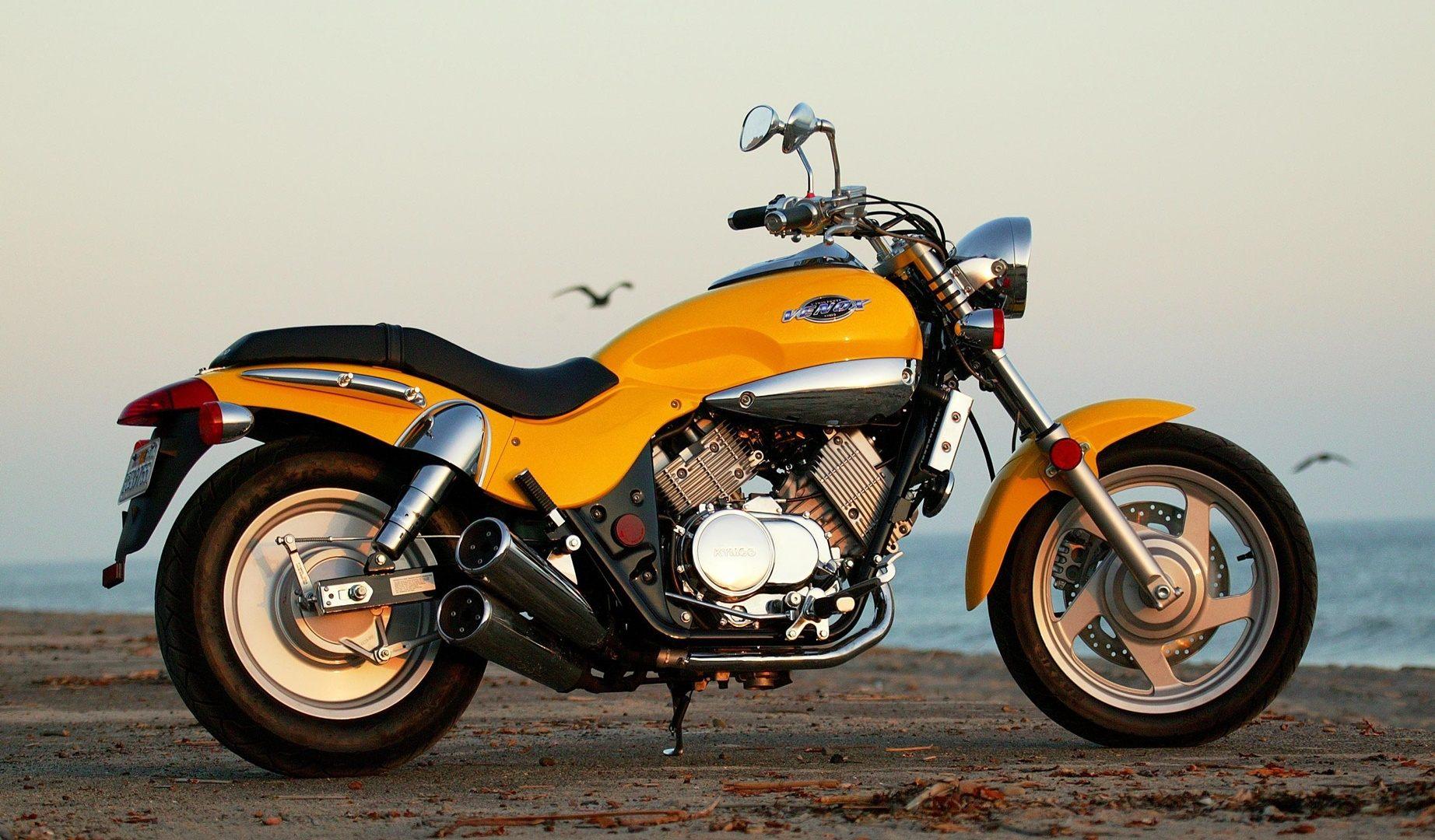 Moto del día: Kawasaki KDX 220 R | espíritu RACER moto en