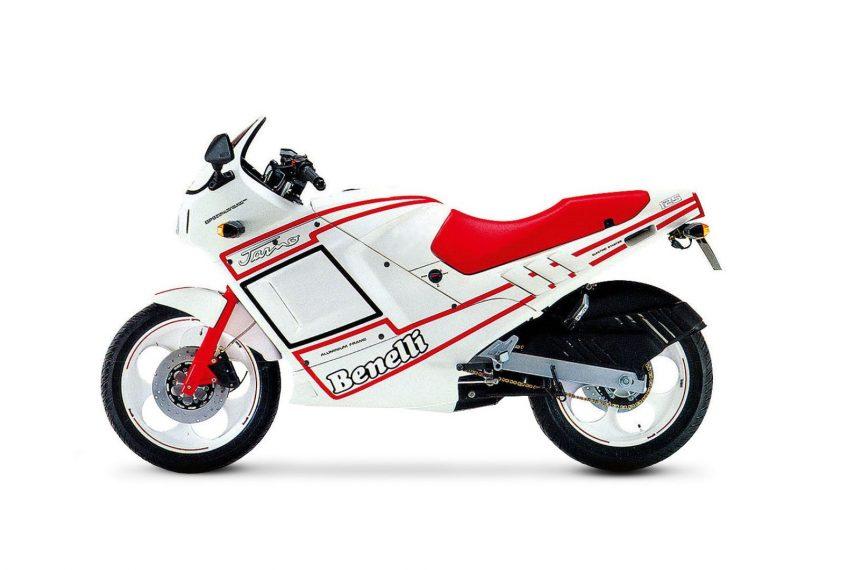 Moto del día: Benelli Jarno 125