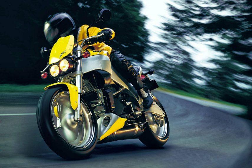 Moto del día: Buell XB9S Lightning