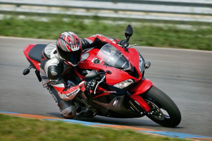 Moto del día: Honda CBR 600 RR 2007 (PC40)
