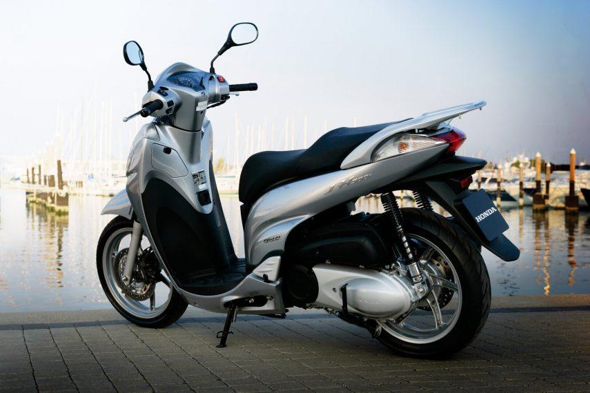 Honda Scoopy SH 300i 2