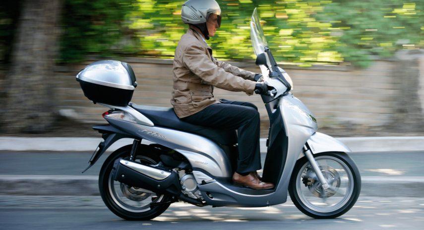 Honda Scoopy SH 300i 3