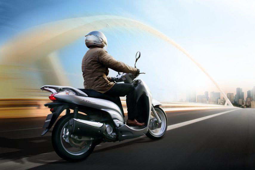 Honda Scoopy SH 300i 9