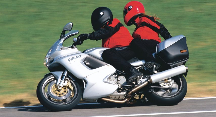 Ducati ST3 2004 2