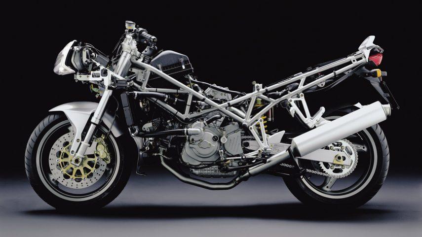Ducati ST3 2004 4